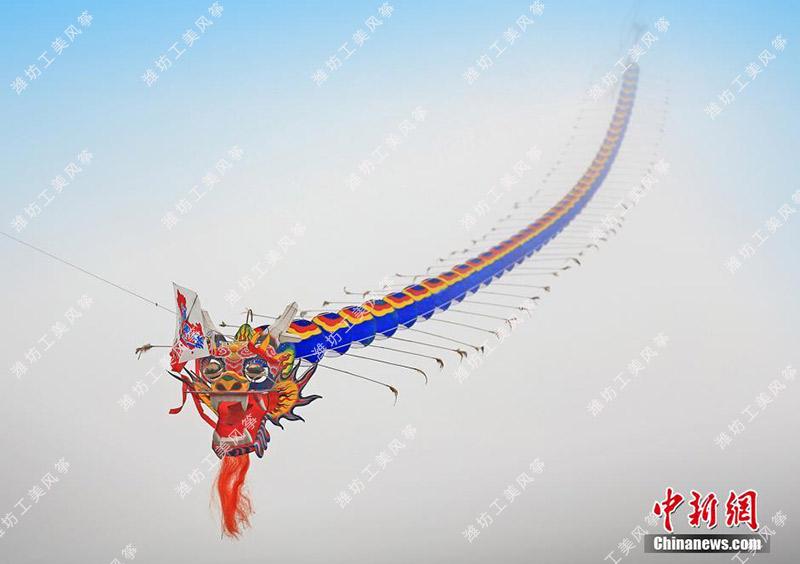 潍坊工美开年巨献—6000米世界最长风筝腾飞重庆武隆仙女山风筝节